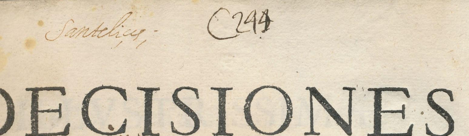 Signatura manuscrita compuesta, generalmente, por una  letra C (o en algunos casos las abreviaturas Cax., Caj. o las palabras Cajón o Caxón) seguida de un número en cifras arábigas. Suele aparecer en la esquina superior derecha del recto de la primera hoja de guarda y de la portada