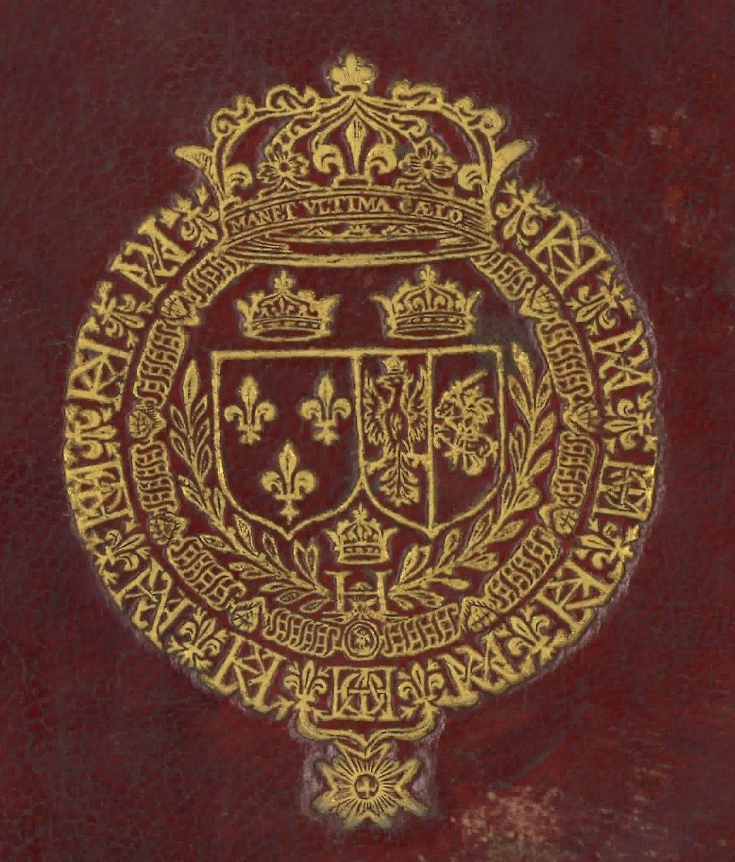 """Supralibros heráldico con el escudo de armas de Enrique III, Rey de Francia, formado por dos escudos acolados y coronados: el primero de Francia (tres flores de lis) y el segundo, partido, con las armas de Polonia y Lituania (águila y caballero blanco), rodeados por dos hojas de palma unidas por una H coronada, por el collar de la Orden de Saint Michel y por el de la Orden del Espíritu Santo, que alterna flores de lis con dos monogramas, uno con las iniciales Hλλ (Henri, Louise, Lorraine), y otro con las iniciales H M Φ Δ ; al timbre corona cerrada con la inscripción """"Manet ultima caelo"""""""
